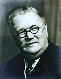 Dr Owen Lankester