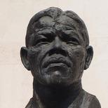 Nelson Mandela - bust
