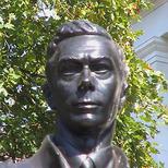 George VI statue