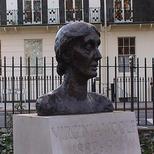 Virginia Woolf bust