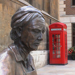 Cordwainer statue