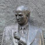 Wallenberg Statue