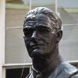 Viscount Nuffield statue