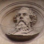 Dickens bust - SW1