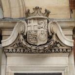 Victoria Station - war memorial - west