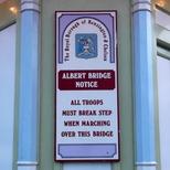 Albert Bridge - troops