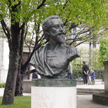 John Donne bust