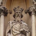 Sanctuary - king on left - Edward the Confessor