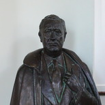 F. D. Roosevelt statue - small