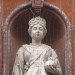 Queen Victoria statue on Caxton Hall