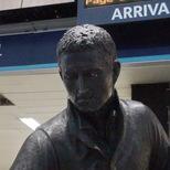 Flinders statue