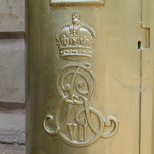 Pete Reed gold post box