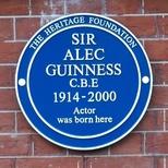 Sir Alec Guinness - W9