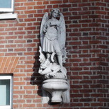 St Michael's School, Chester Square - statue