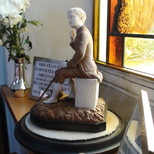 Whittington statuette - Felbridge
