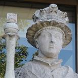 Edward VI statue at St Thomas's - Cartwright