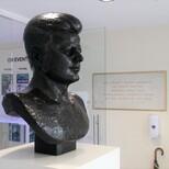 John F Kennedy bust - new position